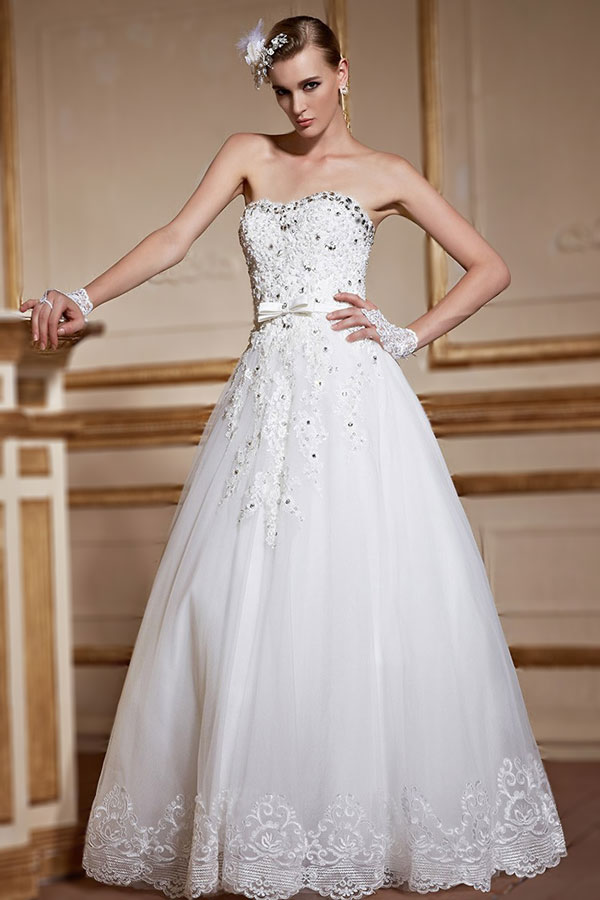 sweetheart long wedding dress